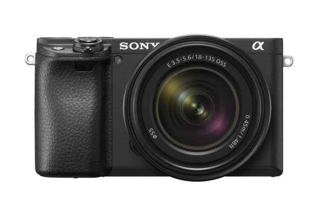 Sony A6400 Front